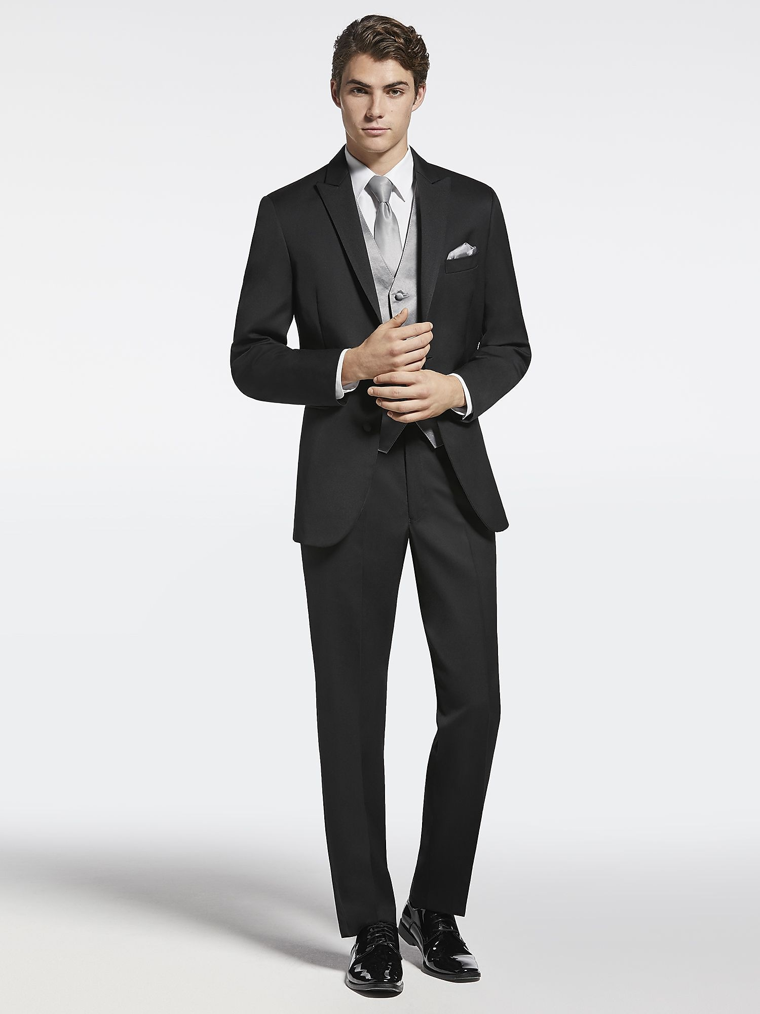 214aa646828 Here s what s included in your package  Joseph Abboud Black Peak Lapel ...